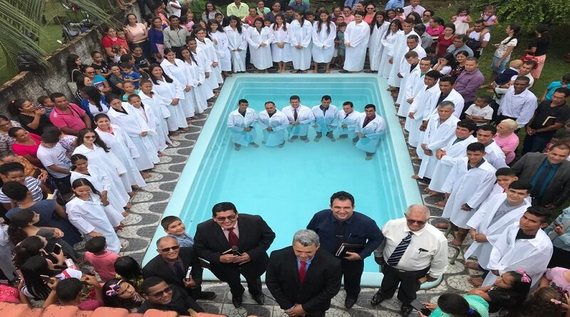 Batismo- Igreja Evangélica Assembleia de Deus em Machadinho do Oeste